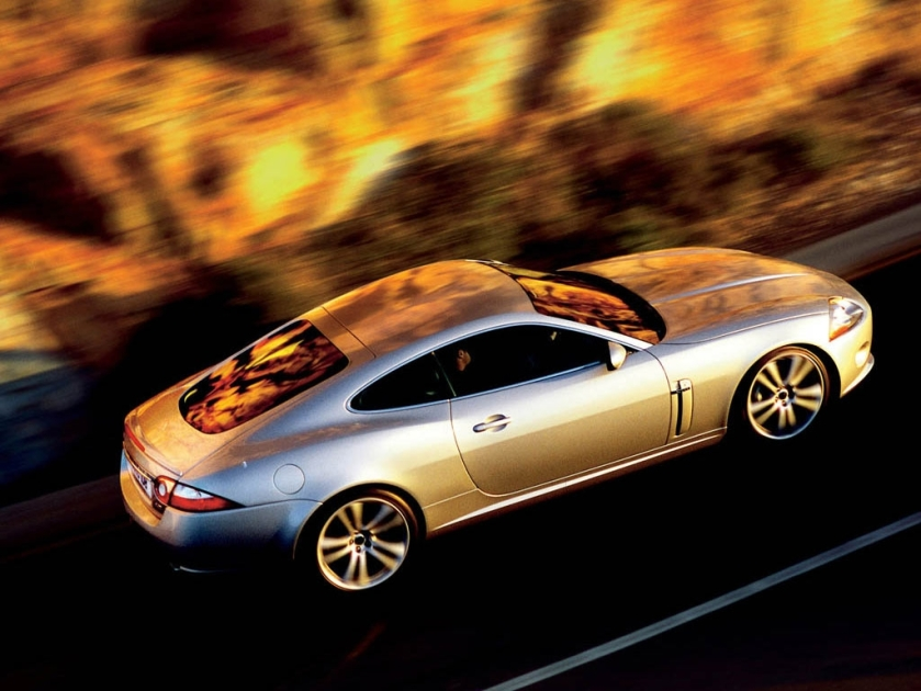 jaguar-xk8-5022639869956169885