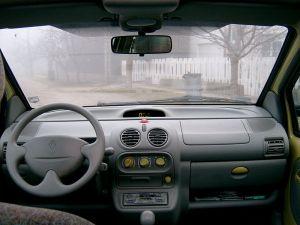 1993 Renault twingo interior