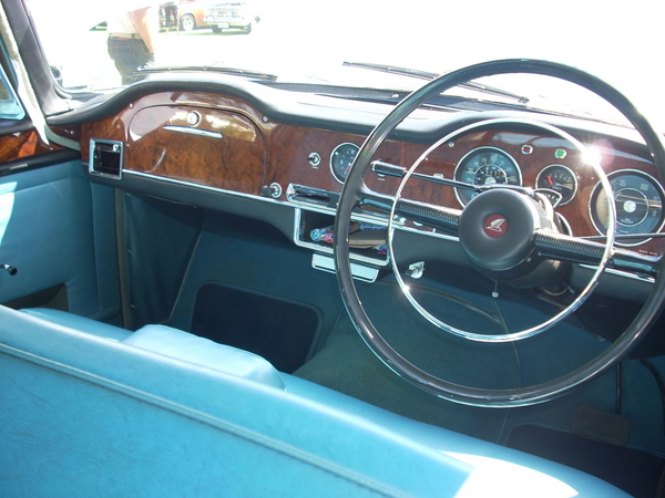 Super Snipe´s commodious interior