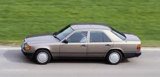 1986 Mercedes Benz W-124: chromeless