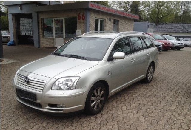 2004 toyota avensis driven to write. Black Bedroom Furniture Sets. Home Design Ideas