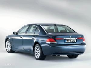 BMW7Series-E65-rear