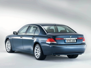 BMW7Series-E65-rear