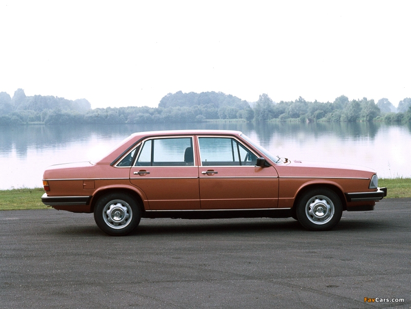 1976 Audi 100: five-cylinders available
