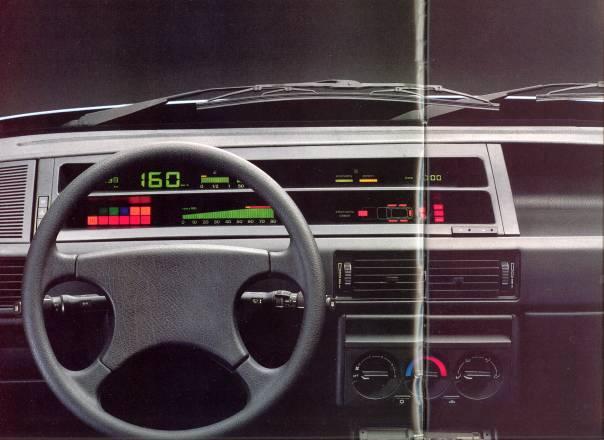 1988 Fiat Tipo DGT interior.