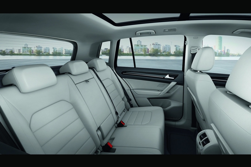 2014 VW Golf Sportsvan interior: ideal for the taxi run