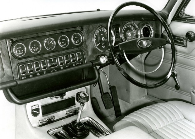 "1968 Jaguar XJ-6 interior: ""reminiscent of a power station control panel and uses about the same amount of fuel"""