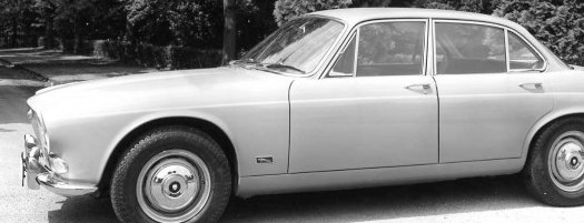 1968 Jaguar XJ-6. One of Land-Windermere´s striking images of the car.