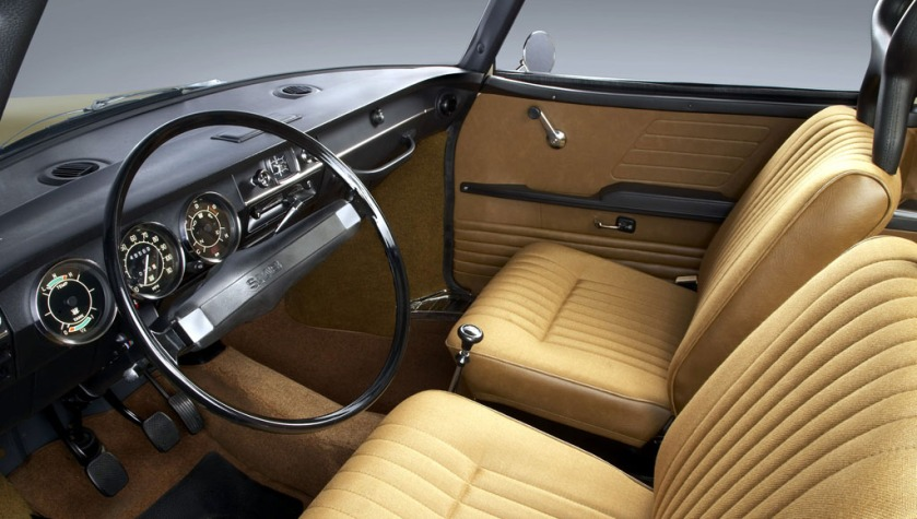 1968 Saab 99 interior