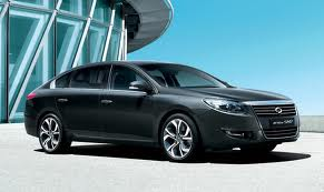 2014 Renault Samsung SM7: not big in Europe.
