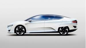 2015 Honda_FCev_with no skirts_side_view