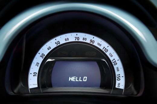 2015-Renault-Twingo-10-520x346