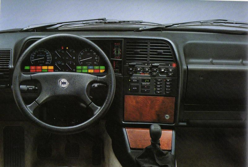1986 Lancia Thema interior