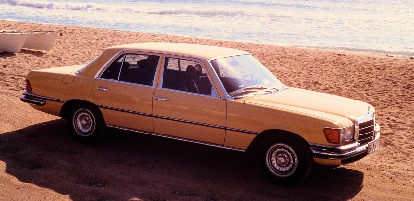 1975 Mercedes-Benz 450 SEL 6.9. It´s not black or silver or dark blue, is it? And it´s not in Berlin.