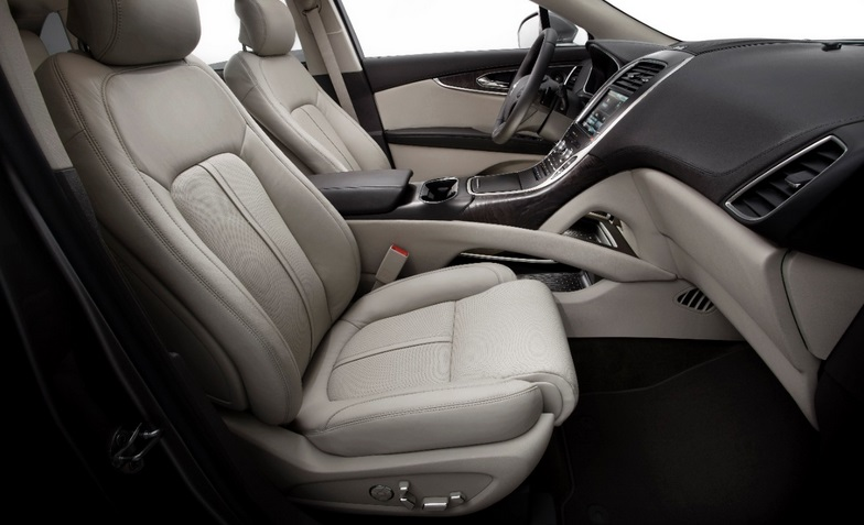 2016 Lincoln MKX interior