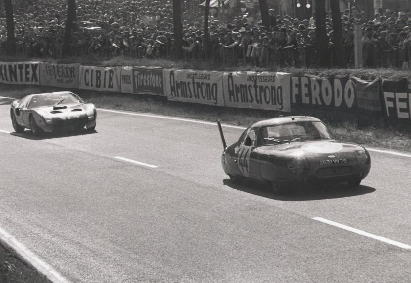 GT40 rells in the CD Panhard at the 1964 Le Mans - photo via Autodrome