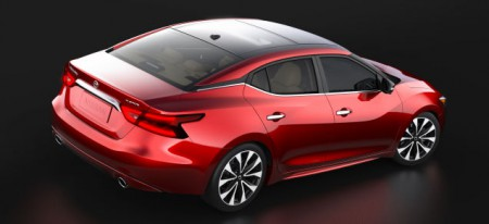2016 Nissan Maxima productioncar. Like the Citroen Cactus the DLO graphics are just that: painted on, as fake as the vinyl appliques on a 70s station wagon. What´s missing is the three dimensionality of the concept car. And the cost, of course.