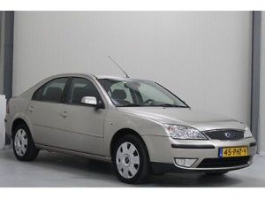 2006 Ford Monedo 1.8 16V (www.mobile.de)