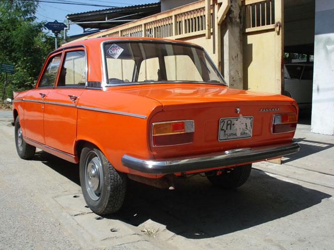 Peugeot 304 (1969-1980). Image: Bangkokclassic.com