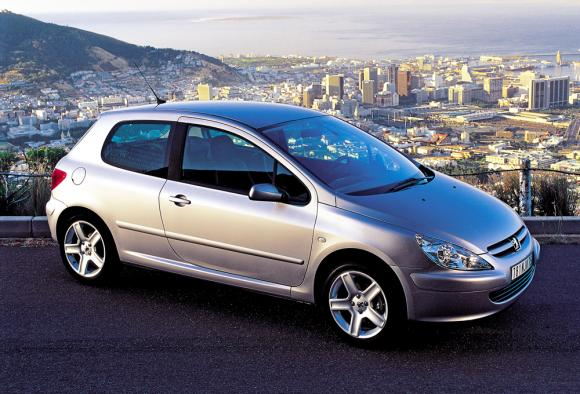 Peugeot 307 - image from caroftheyear.org