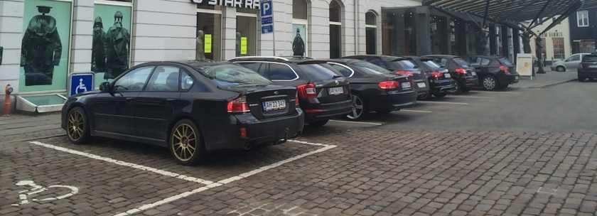 Black car bingo. Seven in a row. Beat that! (Notice the first car is the very rare Subaru Legacy saloon).