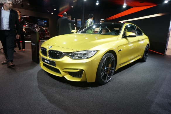 2015 BMW M4 in pale yellow-gold. It´s almost pearlescent and, frankly, a bit aftermarket. If you are going to do yellow, don´t get cold feet at the last moment.