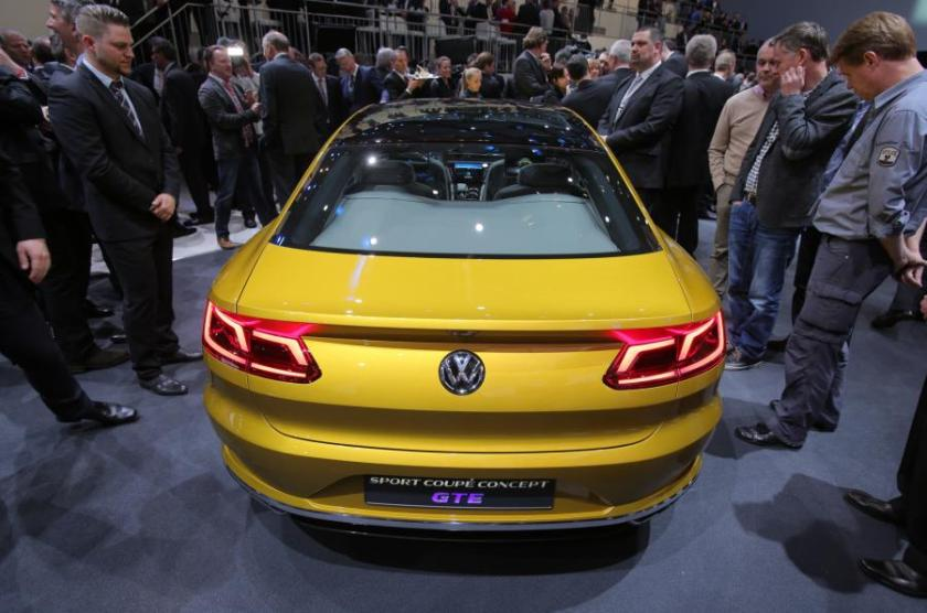 2015 VW CC concept. This was more of a gold colour but still, at the yellow end of the spectrum. Yellow with a twist.