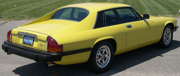 xjs_models_yellow