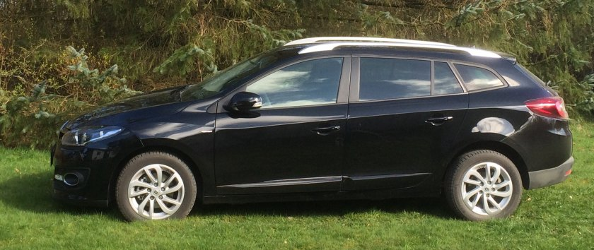 2015 Renault Megane Sports Tourer. Never use a black car for a road test. This the car under cloudy conditions.
