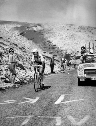 Tom Simpson - Ventoux 1967. Image via fotoleren