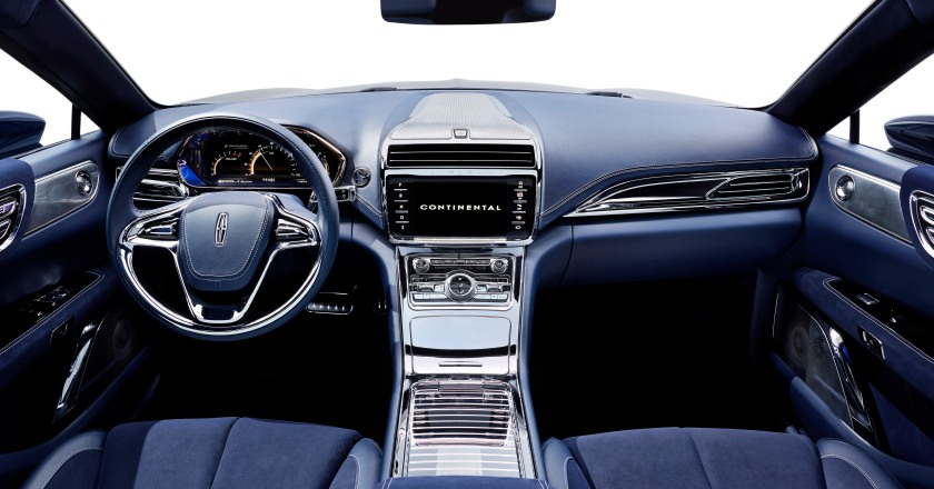 Rhapsody in blue - now that's an American car interior. Image via Lincoln.com