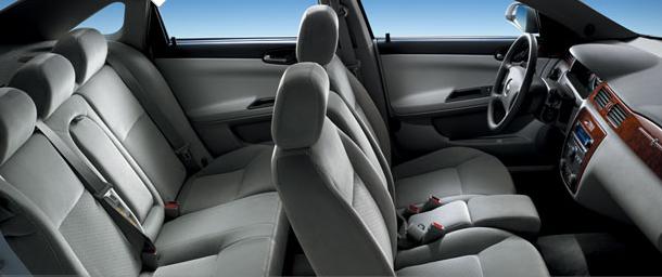 2008 Chevrolet Impala interior: www. cargurus.com