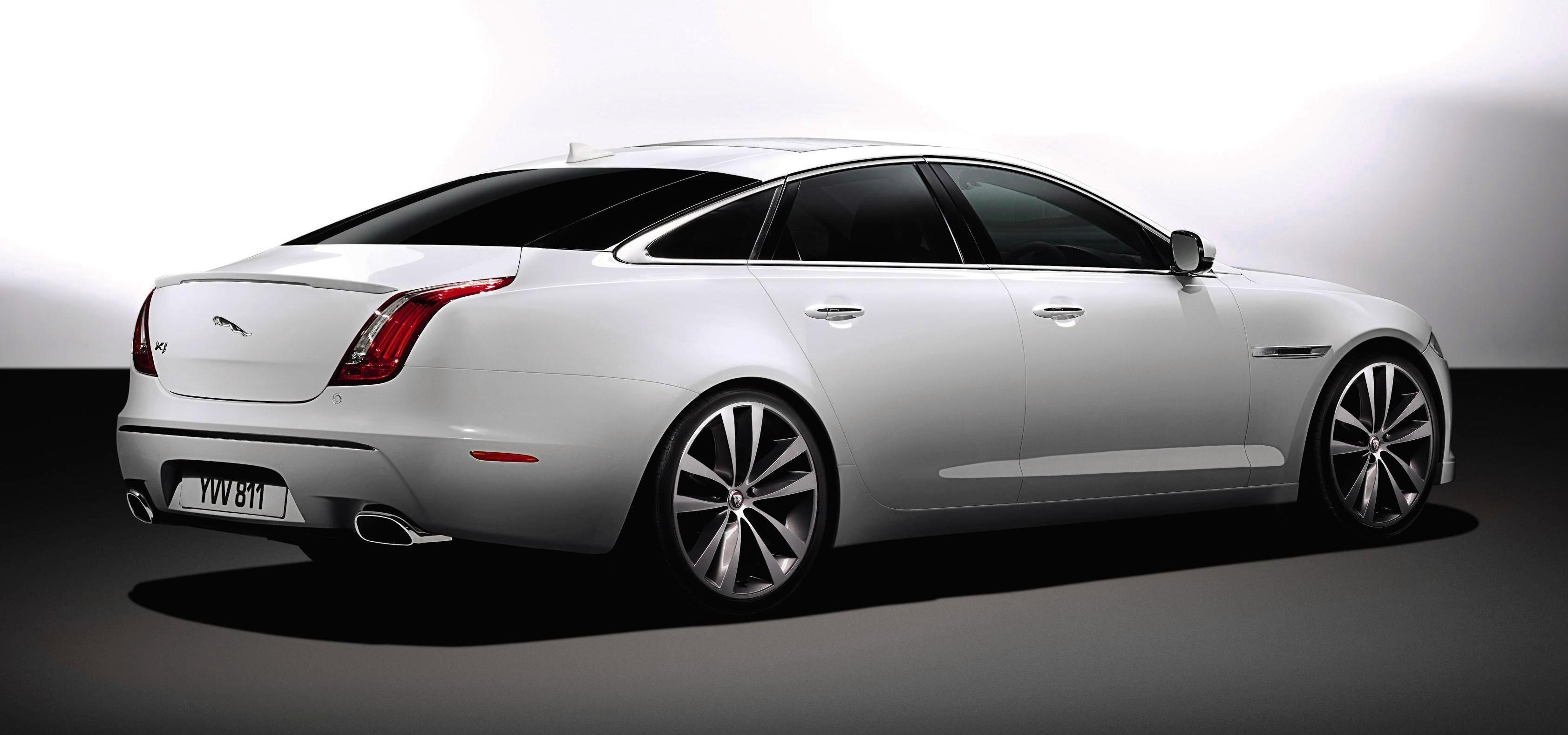 Twilight Of A Champion The Decline Of The Jaguar Xj Driven To Write
