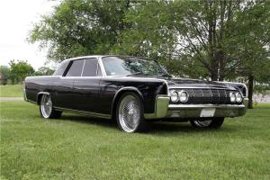 1964 Lincoln Continental: barret-jackson.com