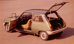 Setting the template, the 1971 Renault 5: netcarshow.com