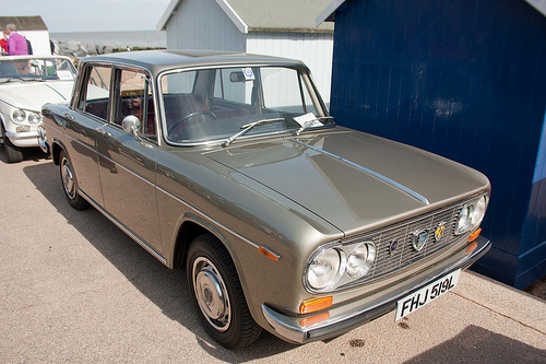 Too good to ignore. 1972 Lancia Fulvia Berlina 1.3: flickrivr.com (what the hell is that?)