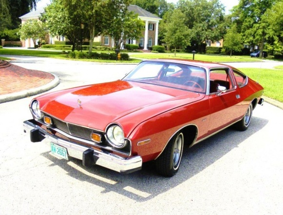 1978 AMC Matador. Just like the ´76 for the purposes of this article: bringatrailer.com