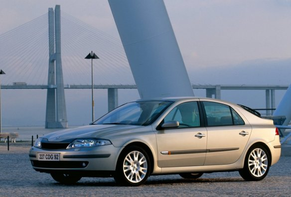2001 Renault Laguna: bestsellingcarsblog.com