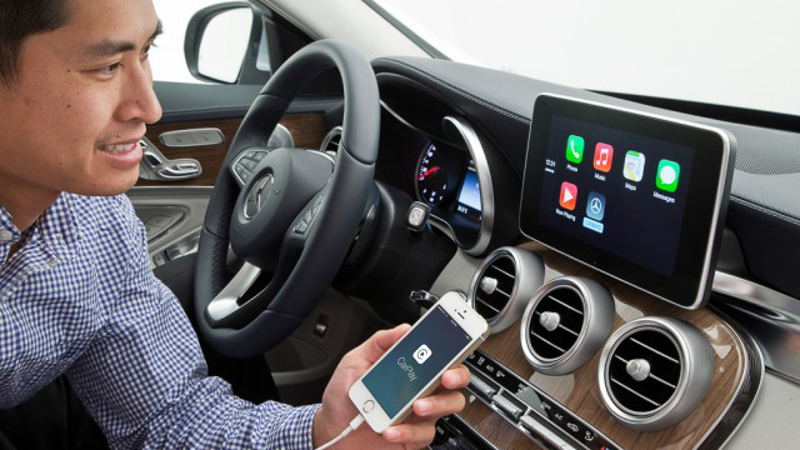 It's all about the 'tech innit? Connectivity, by Mercedes. Image via itportal