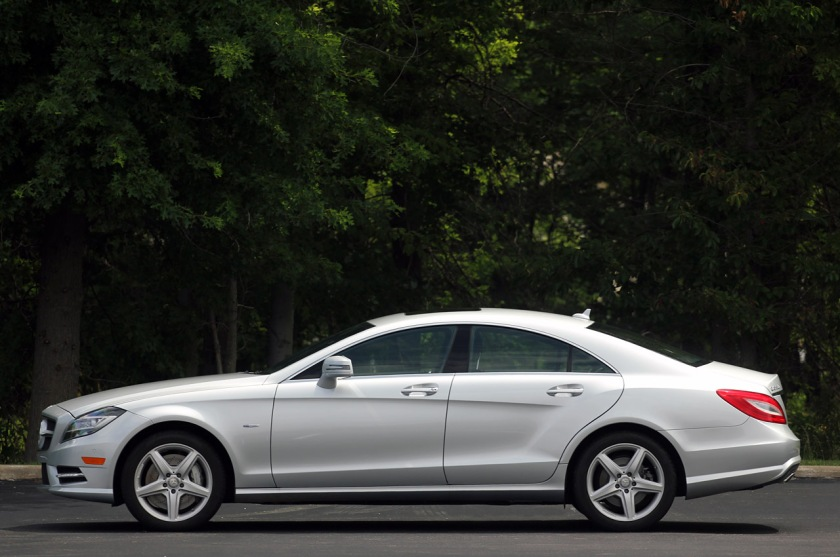 Oooh, swoopy! The 2011 CLS - image via galleryhip