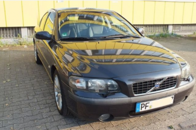 2001 Volvo S6 sellers photo