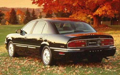 1997 Buick Park Avenue Ultra. They don´t make them like this anymore: carponents.com