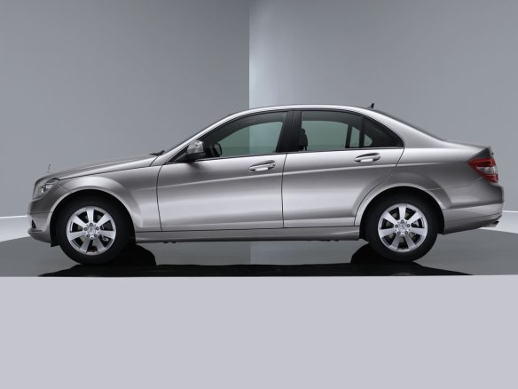 Mercedes W204 C-Class. Image via 3dtuning
