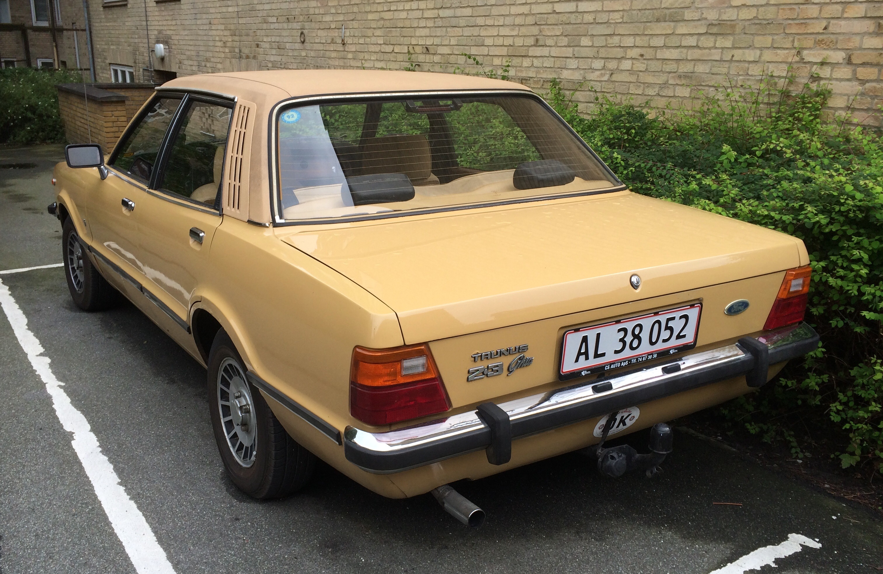 Daihatsu Badge >> A Photo For Sunday: 1976 Ford Taunus 2.3 Ghia – Driven To Write