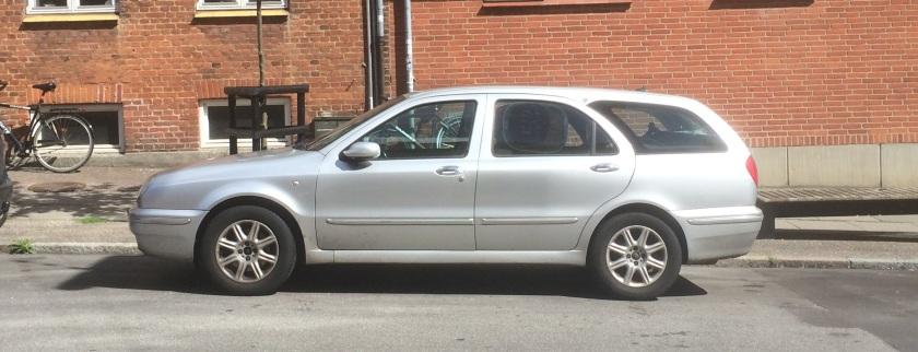 1998-2005 Lancia Lybra estate/wagon.