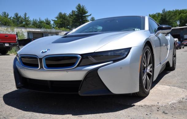2015-BMW-i8-front-34-610x390