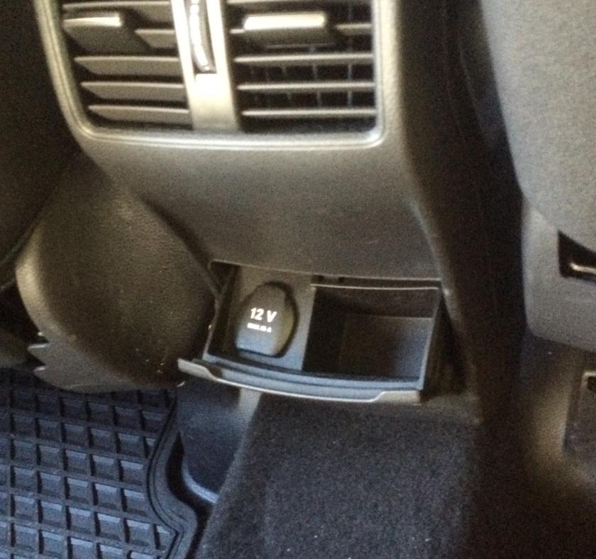2015 Mercedes B-class ashtray