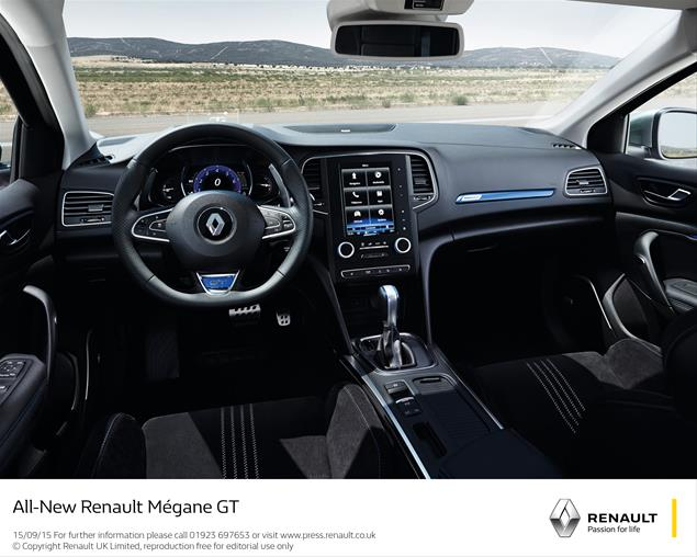 A bit dark in here, don´t you thingk? 2016 Renault Megane interior: Renault UK