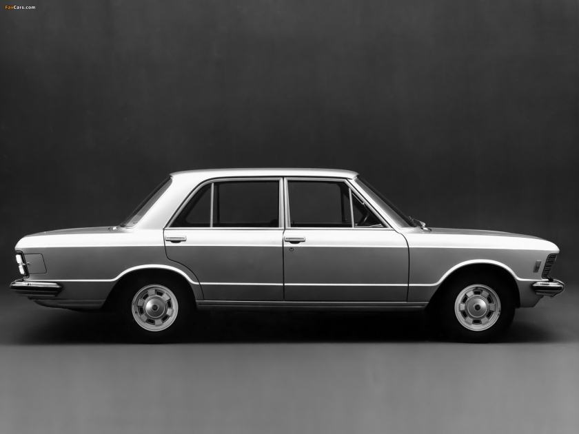 The 1969 Fiat 130 Berlina. Image via favcars