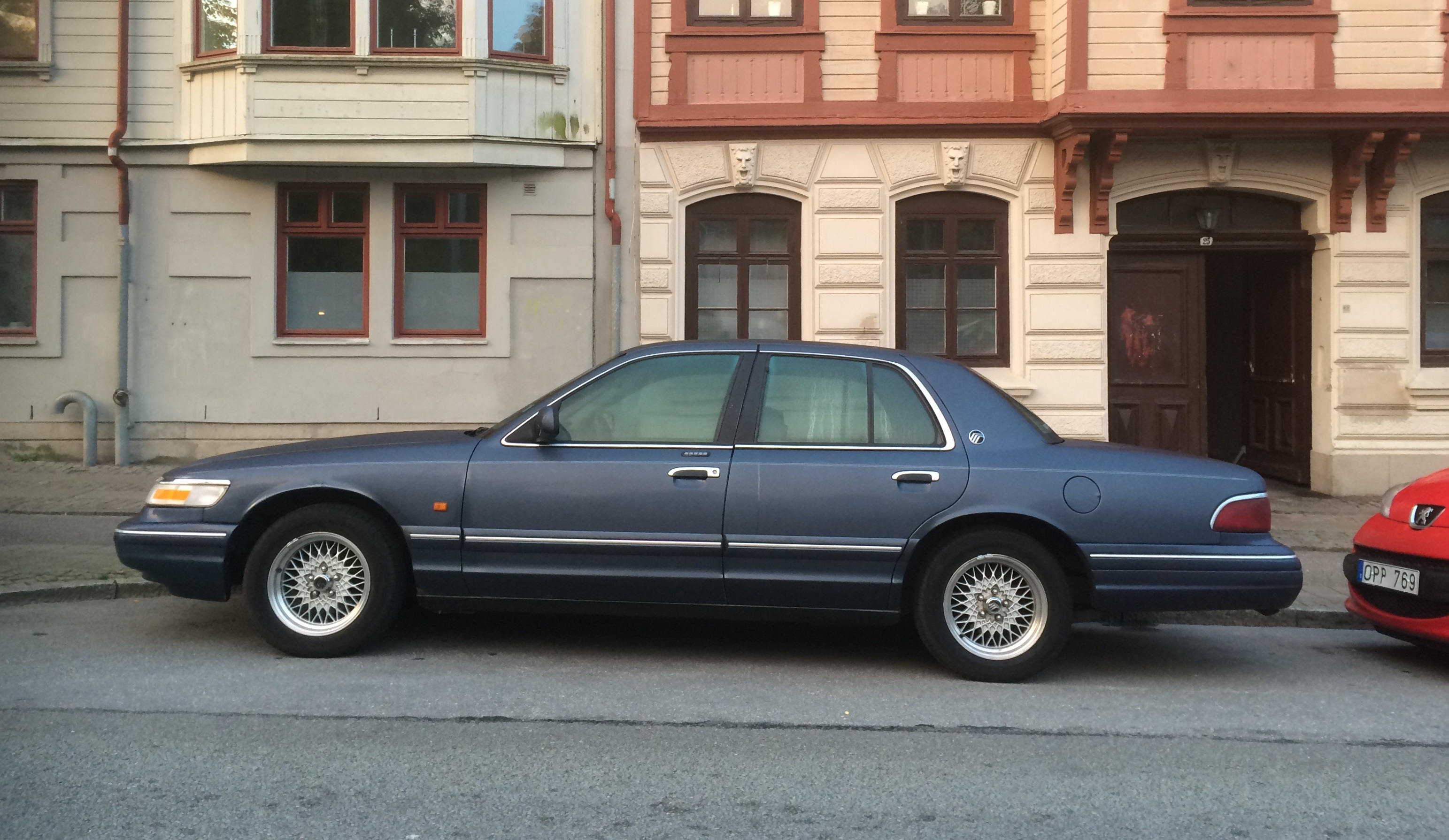 A photo series for sunday 1995 mercury grand marquis ls driven to 1995 publicscrutiny Choice Image